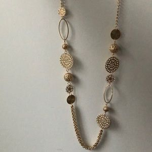 Golden accessory necklace